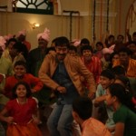 Ajay Devgn with the kids in Bum Pe Laat-Showbizbites