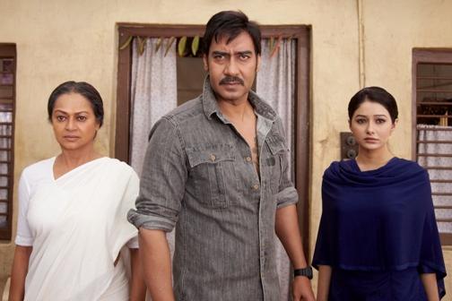 Ajay, Zareena Wahab & Leena-Himmatwala-showbizbites