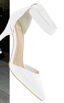 Solange Knowles shoe fashion-showbizbites