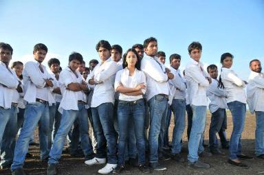 gouravam_movie_showbizbites