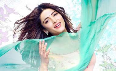 shruti-in-ramaiya-showbizbites