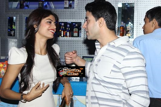Nikhil and Suhana Sinha Bash-16