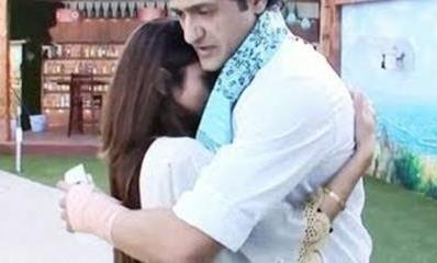 arman-tanishahugging-showbizbites