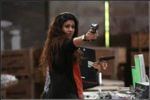 nayanatar-firing-arrambam-showbizbites
