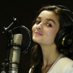 Alia Bhatt to Sing a Song for Highway – See Pics of Her Singing