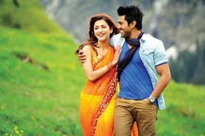 yevadu-still-01-showbizbites