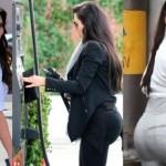 Kim-Kardashian-Bum-showbizbites-02