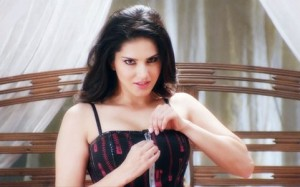 ragini mms-movie still-showbizbites-10