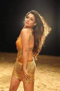nayanatara hot-showbizbites-02