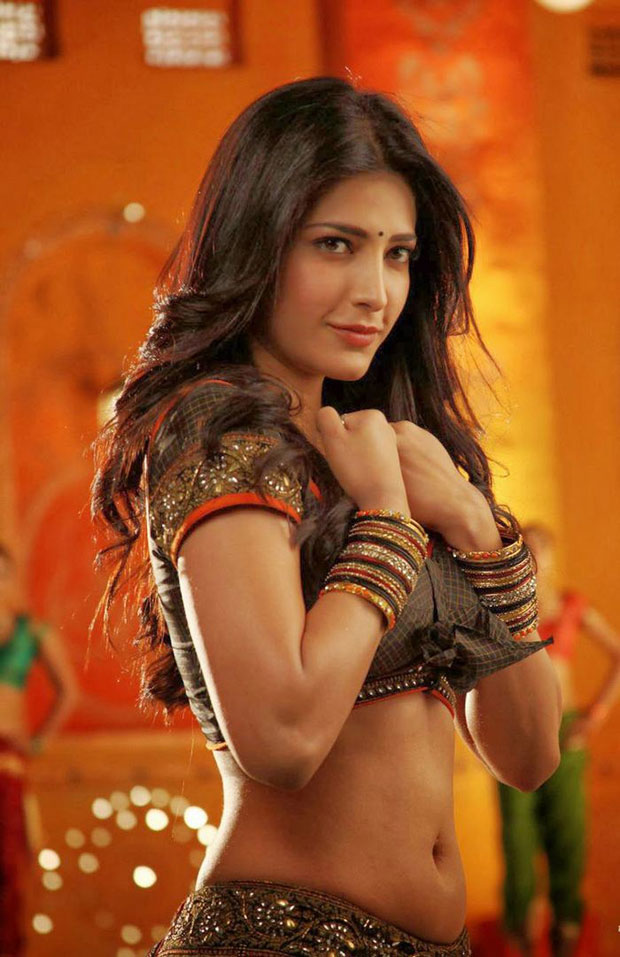 shruti haasan-hot-showbizbites-01