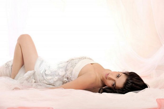 shruti haasan-hot-showbizbites-02