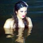 sunny leone in cold water-raginimms2-showbizbites-02