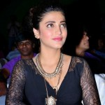shruti haasan latest photos-showbizbites