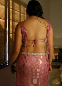 namitha hot back-showbizbites-04