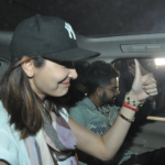 ansuhka and virat at sirport-showbizbites-04