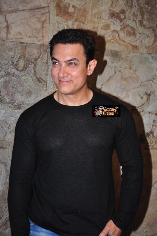sanjay at pk screening-05