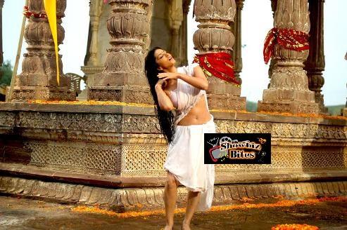 Sunny Leone Satyam Sundram Look
