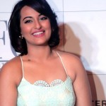 sonakshi-sinha-at-foster-grants-eyewear-press-conference - 01