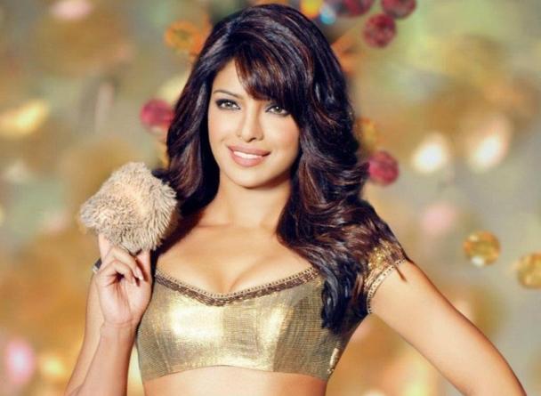 Priyanka Chopra Hot Photos-04