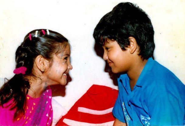 Anushka Sharma Childhood Pictures-01