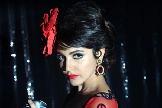 bombay velvet 1st weekend collections-01