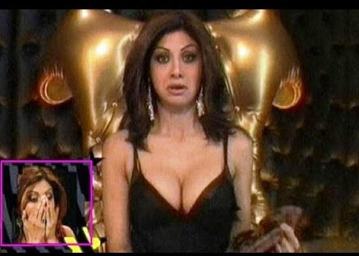 shilpa shetty deep cleavage-03