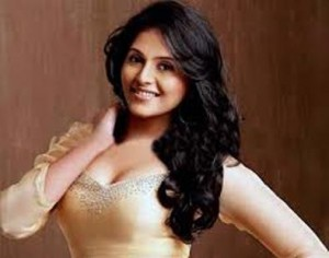 South Actress Anjali to Shed Extra Kilos off Her Body