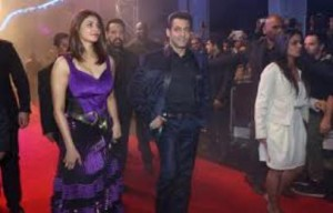 Jai Ho Movie Review of Dubai Show, Jai Ho Premiere Show in Dubai