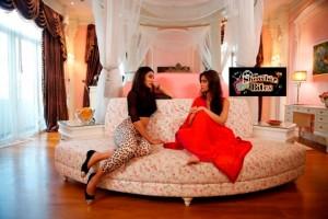 When Nargis Fakhri and Ileana D' Cruz Went for Shopping in Bangkok