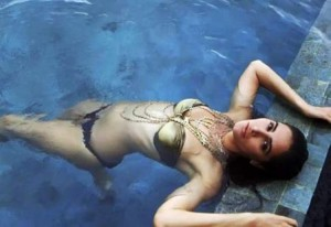 Nargis Fakhri Hot Pictures – Enjoy the Heat of This Babe