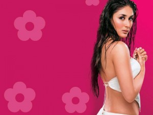 Kareena Kapoor Backless Photos – Extremely Hot