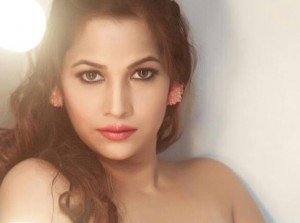 Photos: Tanisha Singh without Clothes – Shows You All