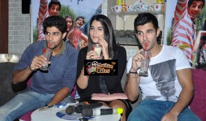 Photos: Leading Starcast of Purani Jeans Promotes Movie at CCD