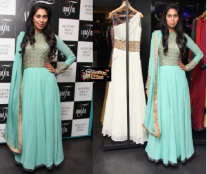 Hot Actress Fagun Thakrer Captures Attention at Aboutir Collection Launch