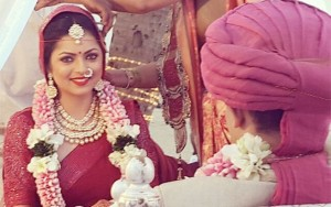 PIX: TV Hot Actress Drashti Dhami Weds with Boyfriend Neeraj Khemka