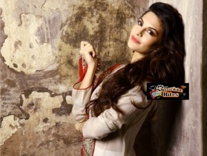 Jacqueline Fernandez Off to Vietnam with Someone…..?
