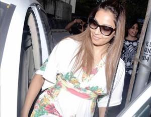 PHOTOS: Bipasha Basu's Latest Style Statement – Looks Hot and Seductress