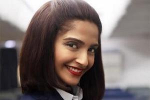 VIDEO: Sonam Kapoor's Neerja's First Song Jeete Hain Chal RELEASED