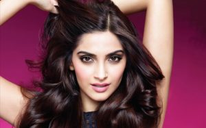 Sonam Kapoor At Last Opens Up About Her Boyfriend