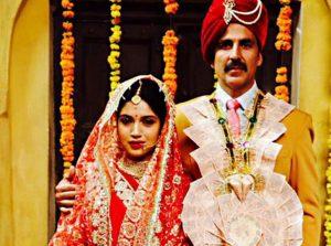 Akshay Kumar and Bhumi Look 'Wow' in Toilet: Ek Prem Katha's First Look