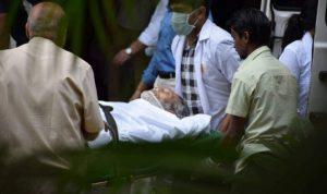 Bollywood Star Vinod Khanna Dies of Cancer at 70