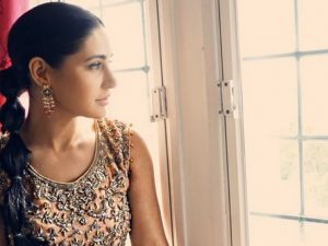 Nargis Fakhri's Desi Style Makes Her 'Wow'