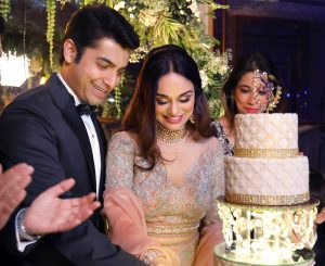 Fashion Statement Ssharad and Wife Sport Now